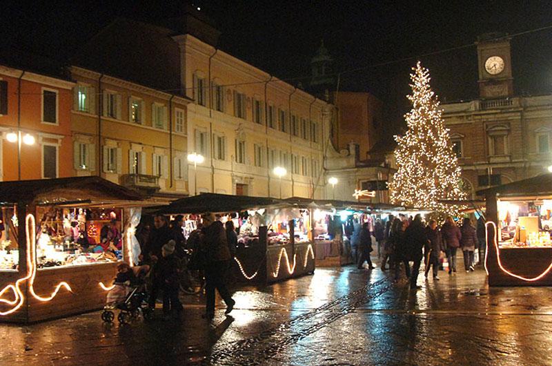 mercatino natale in piazza ravenna